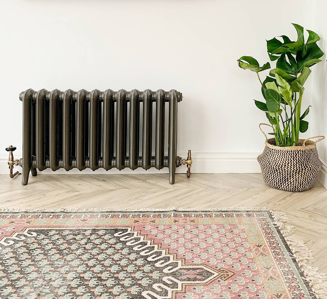 Short Princess cast iron radiator, photo by @ninathomasstudio