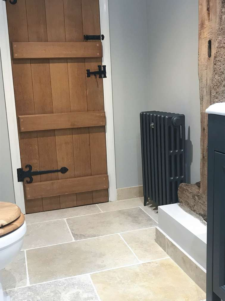 Traditional Radiator in Shower Room 1